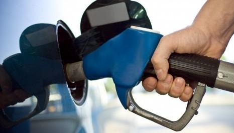 Preços dos combustíveis nos postos recuam na semana, aponta ANP