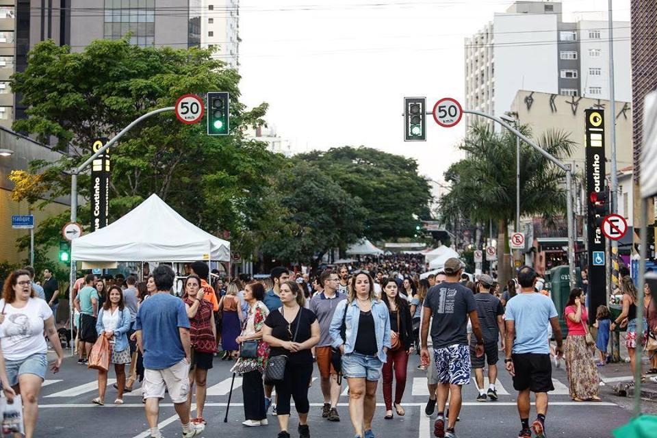 Caminhar Pinheiros amplia fase de testes na Rua dos Pinheiros (SP)