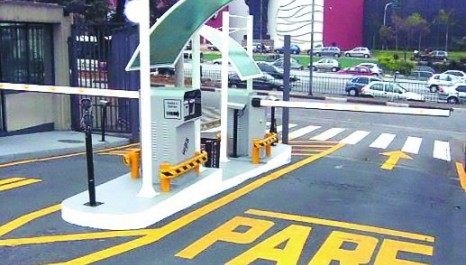 Vereador propõe funcionários em cancela de estacionamento (Bauru/SP)