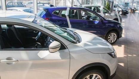 Venda de carros usados cresce 54% em 2021