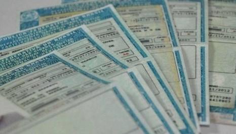 Nova lei que permite 40 pontos na CNH é sancionada por Bolsonaro