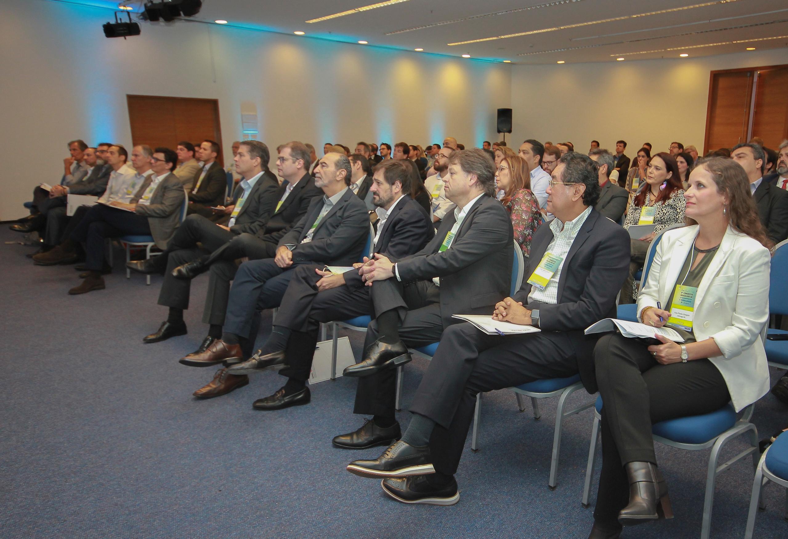 Congresso debate inovações e oportunidades de negócios