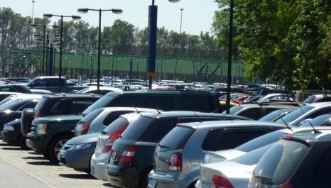 GDF quer desconto no ônibus para quem deixar carro em estacionamentos