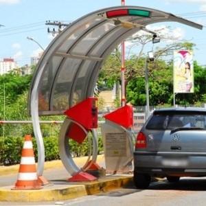 Instalação de banheiros em estacionamentos da cidade avança na Comissão de Trânsito