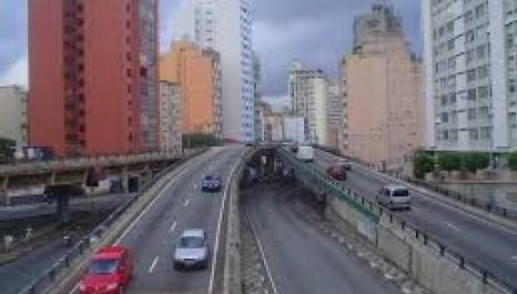 CET altera horário de interdição do 'Minhocão' na capital