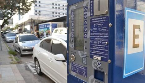 Novos parquímetros começam a ser instalados na Avenida Brasil (Cascavel/PR)