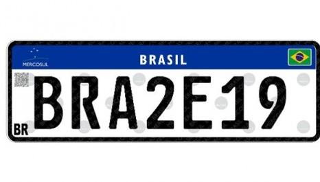 Placa Mercosul sofre para entrar em vigor no Brasil