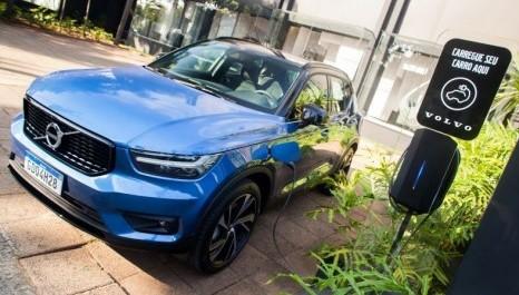 Eletropostos da Volvo no Brasil agora estão disponíveis no Waze
