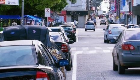 Comerciantes opinam sobre Zona Azul (Mogi Das Cruzes/SP)