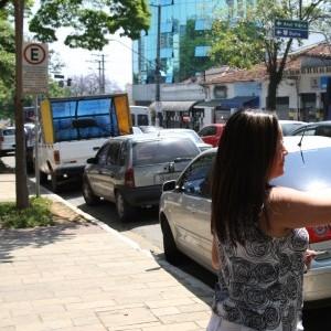 Emdurb assina contrato para concessão da Zona Azul de Marília (SP)